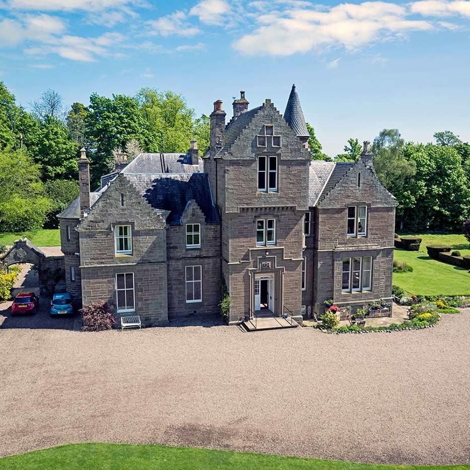Kinblethmont Estate, Angus
